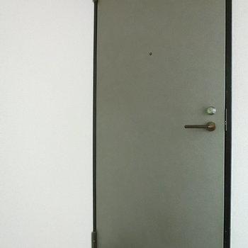 301号室への扉