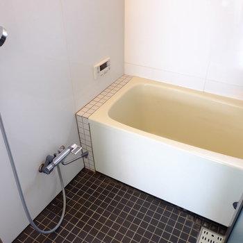 お風呂は水栓を新設