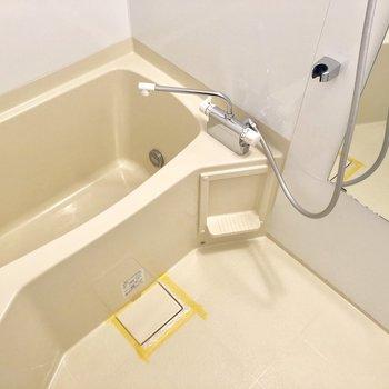一人暮らしに使いやすいサイズ感のお風呂です