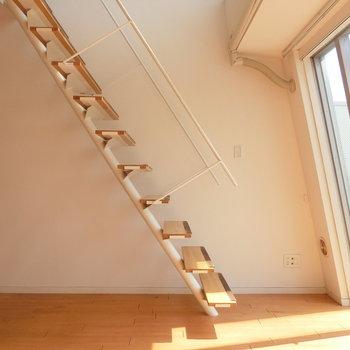 軽やか階段※写真は前回募集時のものです