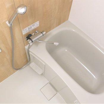 浴室も明るくて清潔感もありGOOD!◎