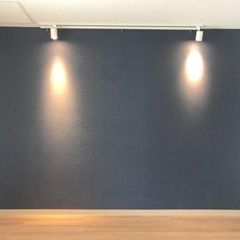 インディゴブルーの壁◎