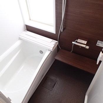高級感ありますよね。浴室乾燥機付き。