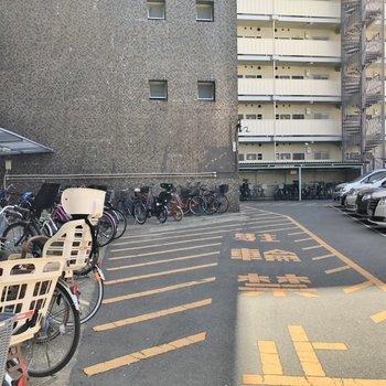 自転車置場はこんな感じ