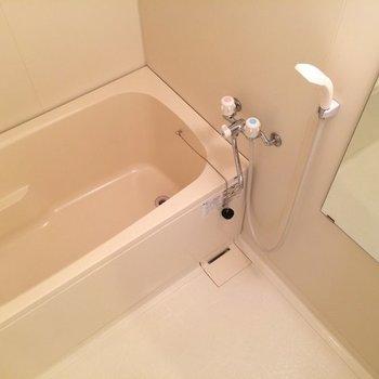 浴室乾燥機能がついています※写真は前回募集時のものです
