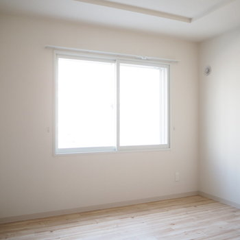 洋室は四畳半