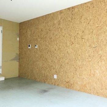 壁がちょっと普通と違うかも※写真はクリーニング前のものです