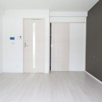 8帖のお部屋です(※写真は3階の同間取り別部屋のものです)