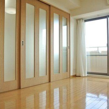 仕切り戸・建具などの木材の素材感がイイ※写真は前回募集時のものです。