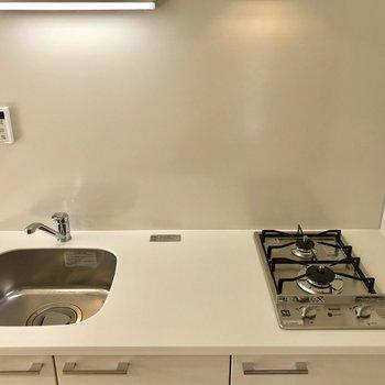 洗った食器はすぐ閉まっちゃいましょう※写真は前回募集時のものです