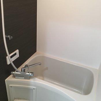 【1F】お風呂はこんな感じ。※写真は1階の同間取り別部屋のものです