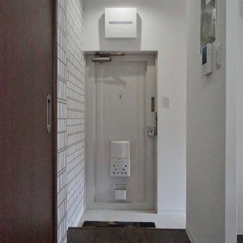 玄関はシンプルに!