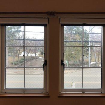 リビングの窓!可愛いんです