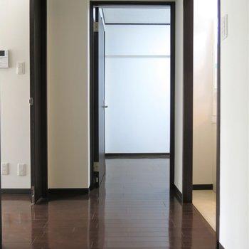 高級感ある色の床がいい味でてますね。※写真は前回掲載時のものです。
