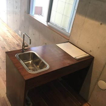 二口コンロです!お掃除もIHだから簡単!※写真は同間取りの別部屋の写真になります。