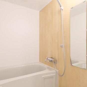 浴室もユニットバスを交換して新しく!