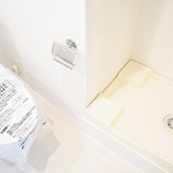 隣に洗濯機を。※4階の同間取り別部屋の写真です