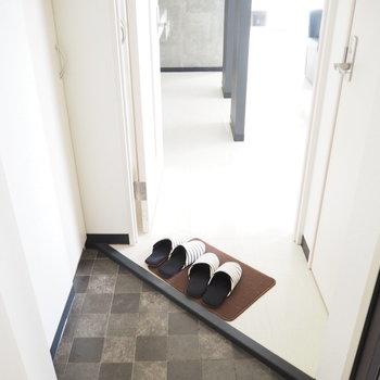 玄関横がトイレ※写真は前回募集時の写真
