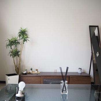 ソファーからの眺め※写真は前回募集時の写真 家具は付いてません。