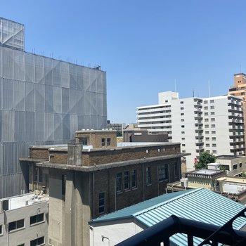 6階のお部屋なので空もきちんと見えますね。