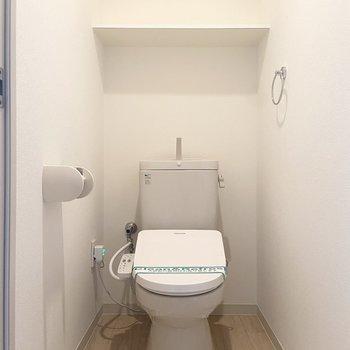 トイレは落ち着くシンプルさ。
