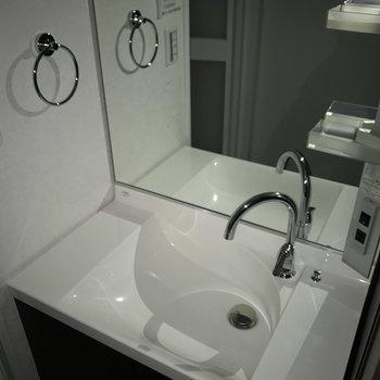 洗面台も新品