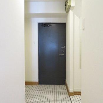 玄関スペースとにかく広い!