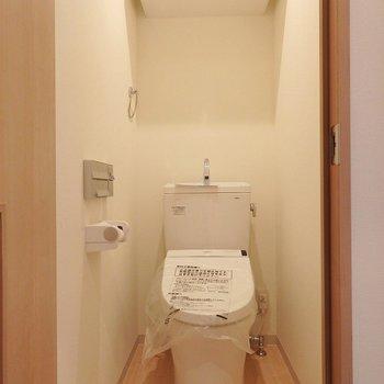 トイレはウォシュレット付。 ※写真は別部屋