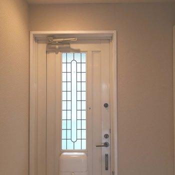 このドアもなんだかキュートで好きです