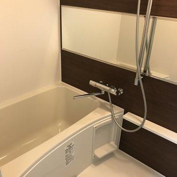 広い浴室って贅沢〜。