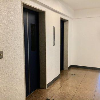 エレベーター部分。レトロ。