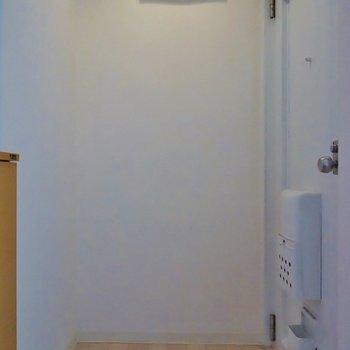 玄関はフロアタイル張り※写真は前回募集時のもの。