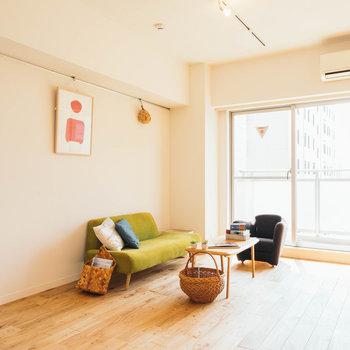 【写真はイメージ】ナチュラルな家具がよく似合うお部屋に。