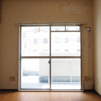 【写真は工事前】2階ですが日当たりgood