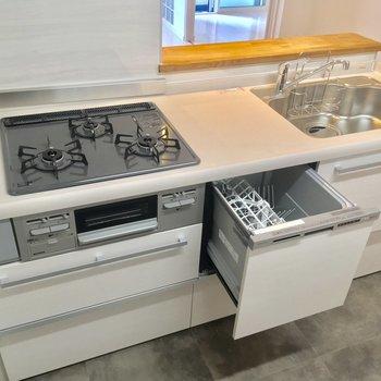 3口ガスコンロ+グリルでお料理楽しく!食洗機までついてます◎