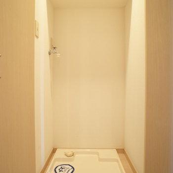 あ!洗濯機置き場!※写真は6階の同間取り別部屋のものです