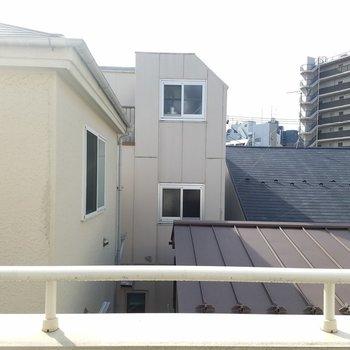眺望はお隣さんだね。※写真は同じ間取りの3階のお部屋のものです