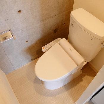トイレはウォシュレットついてます。
