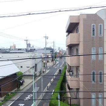 住宅街が眺望です。