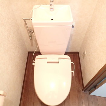 トイレはウォームレット。