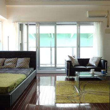 洋室は13.1帖と広い!楽々家具が置けます※写真は別部屋です