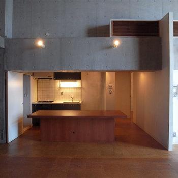 キッチンが主役!※写真は2階の反転間取り別部屋です。