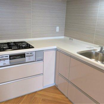 キッチンも広くて使いやすい。