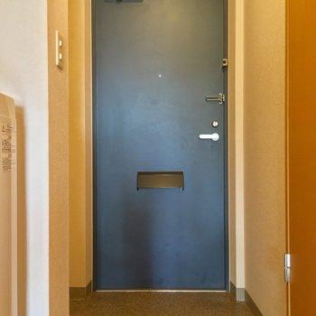 玄関もゆったりしてますね※クリーニング中の写真です