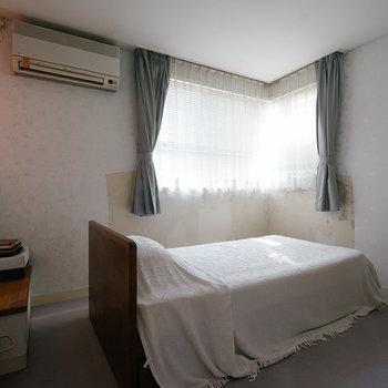さらに、1階に寝室。