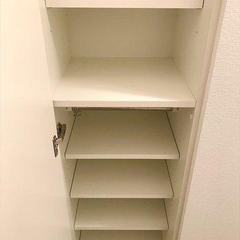 ズラリと靴を収納できます◎(※写真は14階の同間取り別部屋のものです)