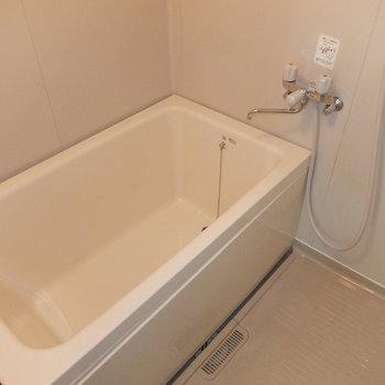 お風呂!追焚きはありません。