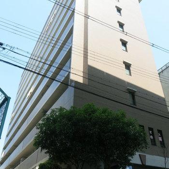 JR環状線沿いにあるマンションです。