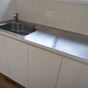 洗い物を置くスペースもゆったりで嬉しい!