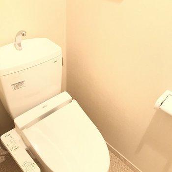 トイレはウォシュレット付き、嬉しい〜